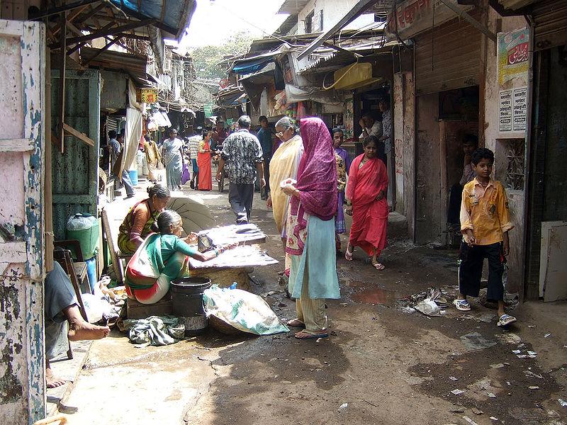 800px-Dharavi_Slum_in_Mumbai